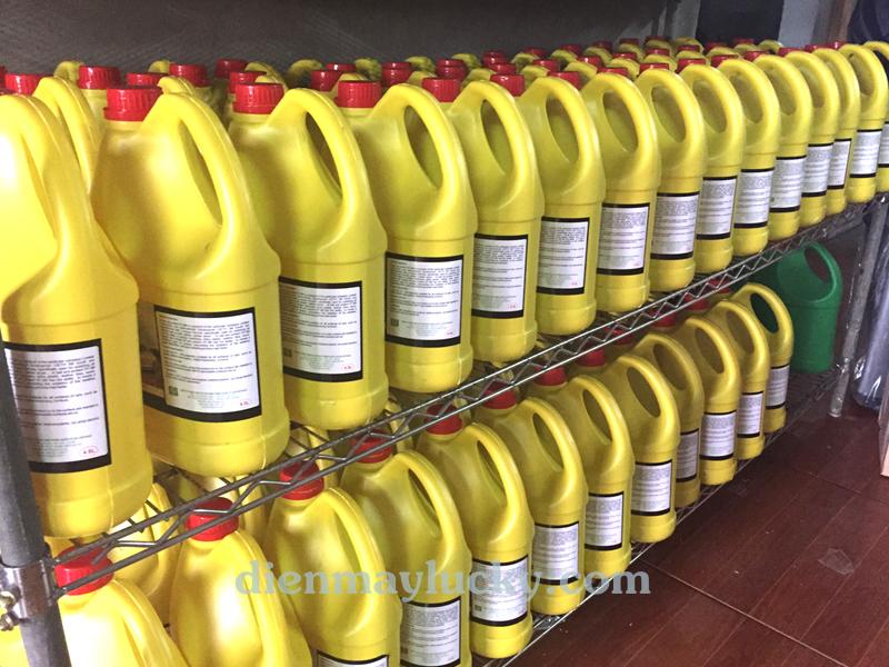 Dung dịch tẩy ố lazang HT - 3M tẩy sạch tất cả các chất liệu lazang, KHÔNG chất Silicon hay axit mạnh gây hại cho lốp xe