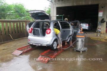 Bộ rửa xe ô tô chỉ CHUYÊN RỬA gồm những gì?