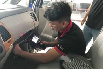[MẸO VẶT] Vệ sinh nội thất ô tô đơn giản hiệu quả