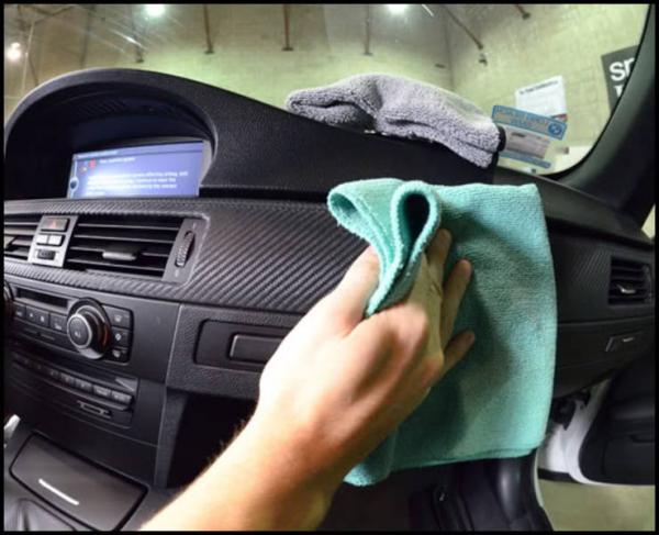 dọn nội thất xe ô tô