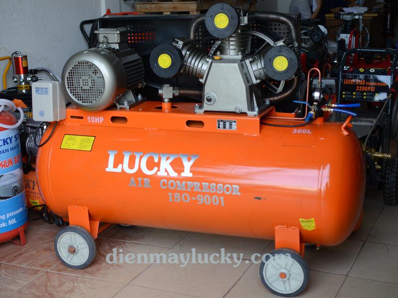 Máy nén khí công nghiệp Lucky 1 cấp 300 lít